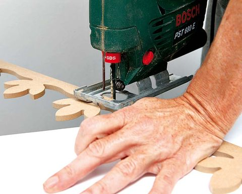 Finger, Wrist, Nail, Thumb, Machine, Tool, Service, Power tool, Electric guitar, Cutting tool,
