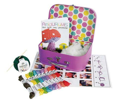 Magenta, Lavender, Party supply, Violet, Polka dot, Creative arts, Paper product, Craft,