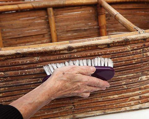 Wood, Finger, Brown, Hardwood, Wood stain, Pattern, Wrist, Tan, Nail, Lumber,