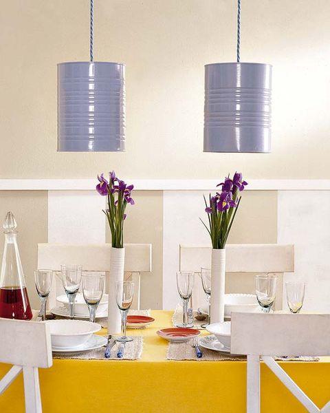 Serveware, Room, Interior design, Glass, Purple, Interior design, Lavender, Dishware, Centrepiece, Bouquet,