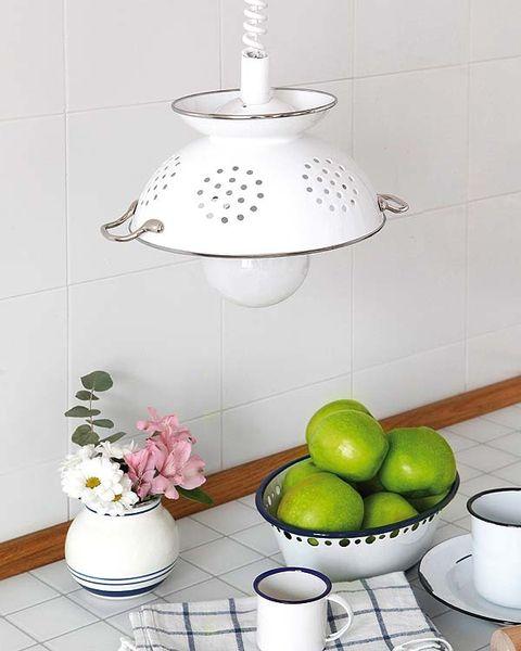 Serveware, Dishware, Cup, Porcelain, Drinkware, Fruit, Tableware, Ceramic, Interior design, Flowerpot,