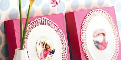 Photograph, Pink, Magenta, Petal, Dishware, Kitchen utensil, Cutlery, Serveware, Home accessories, Linens,