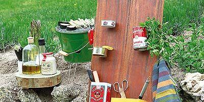Wood, Wood stain, Bag, Linens, Varnish, Bottle,