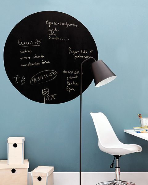 Furniture, Room, Wall, Chair, Handwriting, Material property, Circle, Design, Still life photography, Lamp,