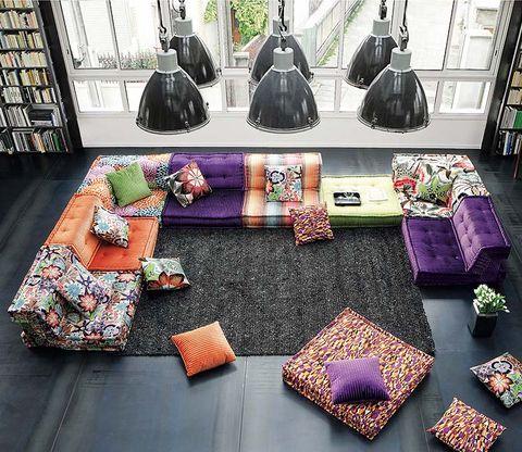 Room, Textile, Purple, Interior design, Violet, Lavender, Shelf, Home accessories, Living room, Shelving,