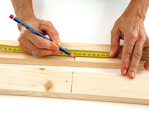 Wood, Finger, Stationery, Hardwood, Wood stain, Nail, Office supplies, Writing implement, Thumb, Plywood,