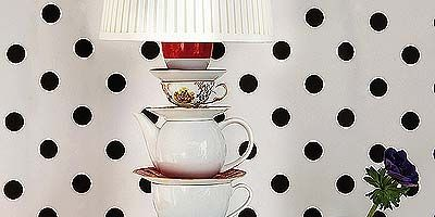 Serveware, White, Drinkware, Dishware, Glass, Pattern, Barware, Polka dot, Stemware, Design,