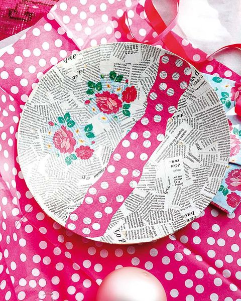 Pattern, Pink, Nail, Design, Creative arts, Visual arts, Pattern, Polka dot, Illustration, Floral design,