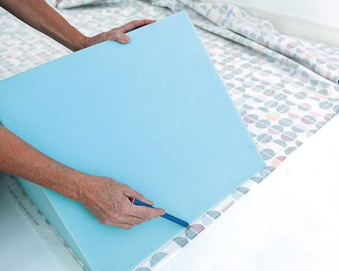 Stationery, Aqua, Turquoise, Teal, Paper product, Office supplies, Paper, Writing implement, Nail, Paint,