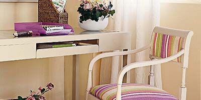 Room, Interior design, Purple, Basket, Interior design, Storage basket, Home, Flowerpot, Houseplant, Wicker,