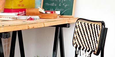 Desk, Writing desk, Wicker, Plywood, Basket, Armrest, Workbench,