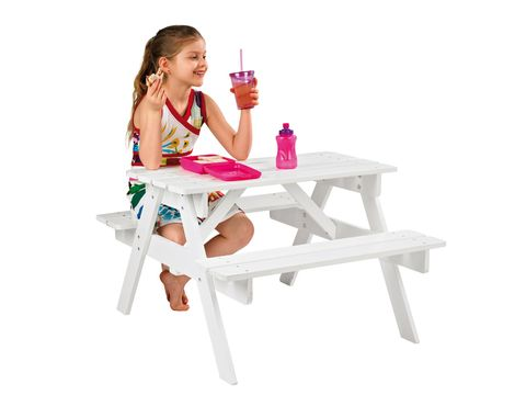 Outdoor furniture, Table, Sitting, Furniture, Drink, Outdoor table, Picnic table, Lap, Cocktail, Drinking,