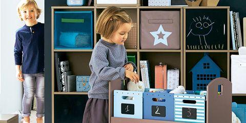 Dormitorios infantiles: estantería