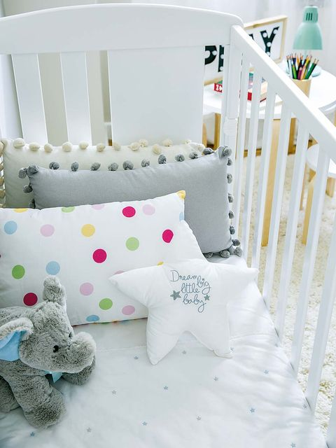 Product, Bedding, Infant bed, Bed sheet, White, Bed, Furniture, Room, Textile, Linens,