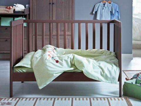 Bed, Furniture, Product, Bed sheet, Bed frame, Bedding, Room, Bedroom, Linens, Infant bed,