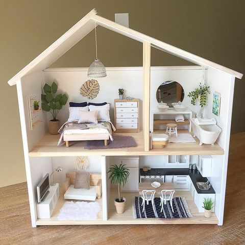 Shelf, Furniture, Room, Table, Shelving, Interior design, Toy, House, Dollhouse, Living room,