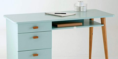 Desk, Furniture, Drawer, Table, Dresser, Computer desk, Writing desk, Chest of drawers, Material property, Chiffonier,