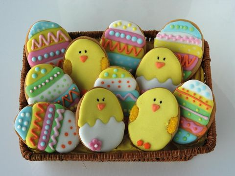 Food, Easter egg, Easter, Food coloring, Icing, Sweetness, Egg, Comfort food, Event, Buttercream,