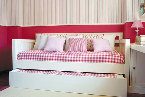 Interior design, Room, Property, Bed, Textile, Wall, Floor, Red, Bedding, Bedroom,