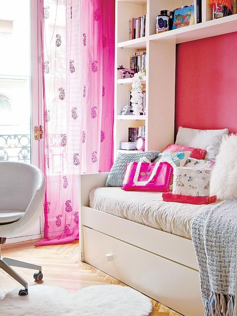 Room, Interior design, Floor, Textile, Wall, Home, Pink, Purple, Furniture, Interior design,