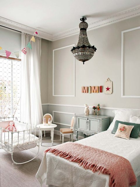 Room, Interior design, Property, Textile, Furniture, Wall, Home, Bed, Floor, Linens,