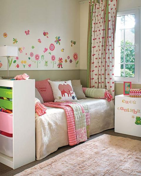 Green, Interior design, Room, Floor, Textile, Wall, Pink, Red, Home, Linens,