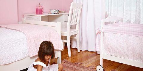 Floor, Flooring, Room, Wood, Textile, Wood flooring, Interior design, Linens, Home, Laminate flooring,