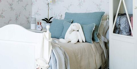 Bedroom, Bed, Furniture, Room, Product, Bed frame, Interior design, Wall, Bed sheet, Nightstand,