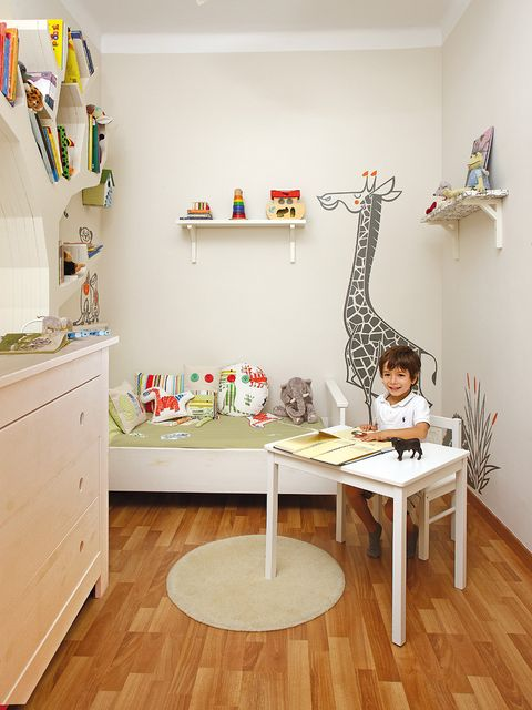 Wood, Room, Interior design, Flooring, Floor, Wall, Furniture, Table, Giraffidae, Drawer,