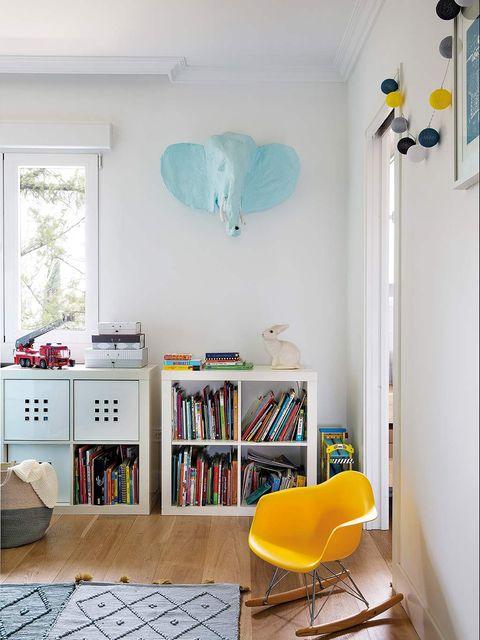 Room, Furniture, Shelf, Green, Yellow, Interior design, Blue, Turquoise, Property, Floor,