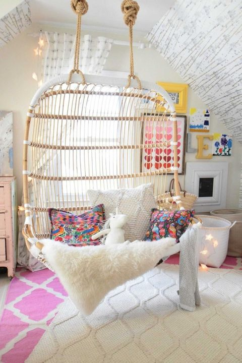 Room, Furniture, Interior design, Cage, Bed, Bedroom, Ceiling, Home, Textile, Chandelier,