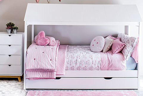 Bed, Furniture, Pink, Product, Room, Bedroom, studio couch, Wall, Bedding, Bed frame,