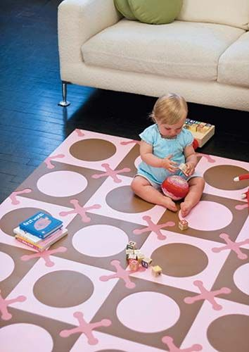 Floor, Flooring, Living room, Couch, Home, Child, Baby & toddler clothing, Comfort, Toddler, Foot,