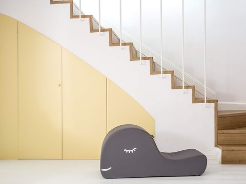 Brown, Stairs, Wood, Property, Flooring, Floor, Wall, Line, Beige, Tan,