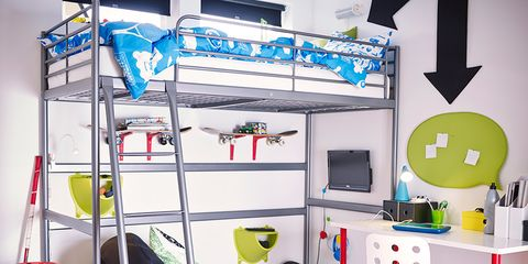 Room, Interior design, Floor, Bed, Dormitory, Bunk bed, Bedding, Linens, Bed frame, Bedroom,