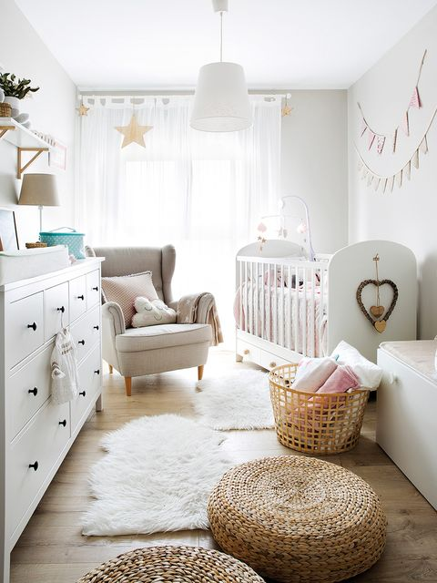 dormitorio infantil con cuna
