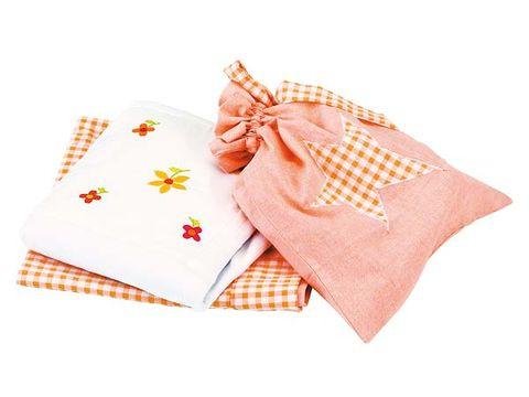 Textile, Orange, Pattern, Napkin, Linens, Peach, Beige, Home accessories, Cushion, Creative arts,