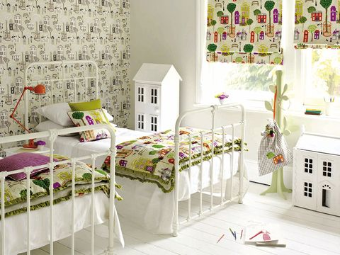 Room, Interior design, Textile, Linens, Wall, Floor, Furniture, Bed sheet, Bedding, Decoration,