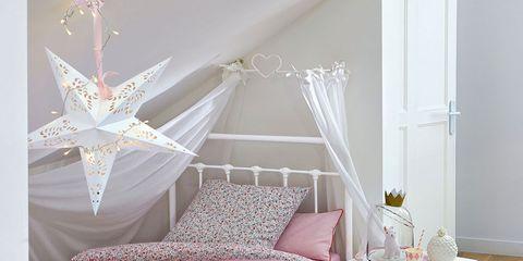 Room, Interior design, Floor, Wood, Bed, Property, Textile, Furniture, Flooring, Wall,