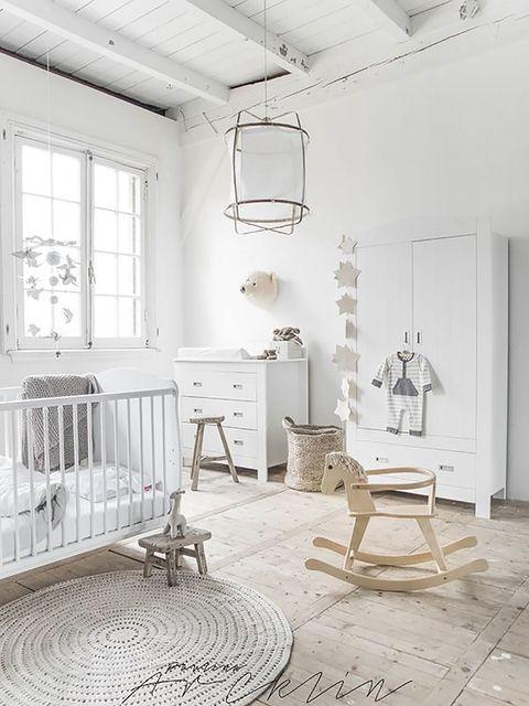 Wood, Floor, Room, Interior design, Flooring, White, Furniture, Light fixture, Ceiling, Wall,