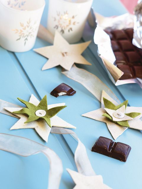 Confectionery, Sweetness, Cuisine, Recipe, Paper product, Craft, Finger food, Chocolate, Paper, Snack,