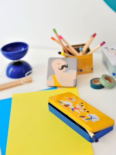 Yellow, Product, Play, Design, Stationery, Table, Plastic, Toy, Learning, Tableware,