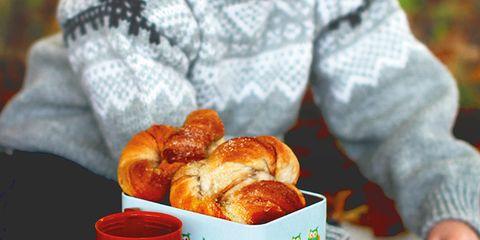 Food, Cuisine, Ingredient, Baked goods, Serveware, Finger food, Sweetness, Tableware, Dish, Dessert,