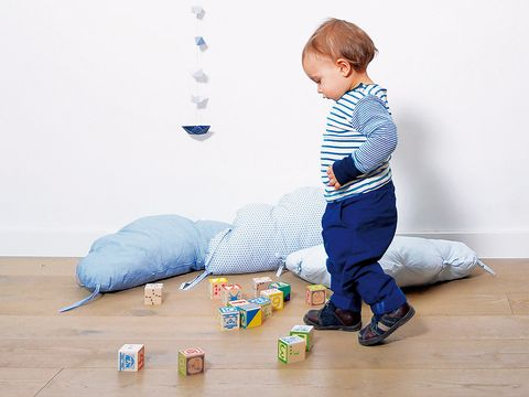 Blue, Floor, Flooring, Denim, Wood flooring, Electric blue, Knee, Baby & toddler clothing, Toddler, Laminate flooring,