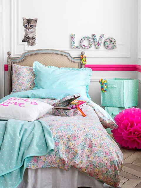 Blue, Room, Interior design, Bedding, Textile, Bedroom, Pink, Linens, Teal, Furniture,