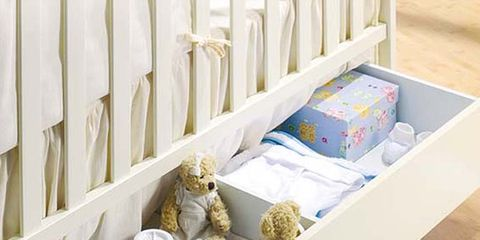 Room, Infant bed, Bed, Nursery, Bed frame, Linens, Baby toys, Baby Products, Bedding, Serveware,
