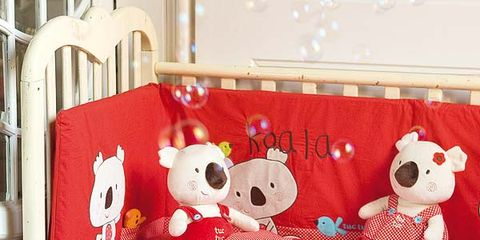 Toy, Textile, Stuffed toy, Red, Room, Bedding, Baby toys, Linens, Plush, Bed sheet,