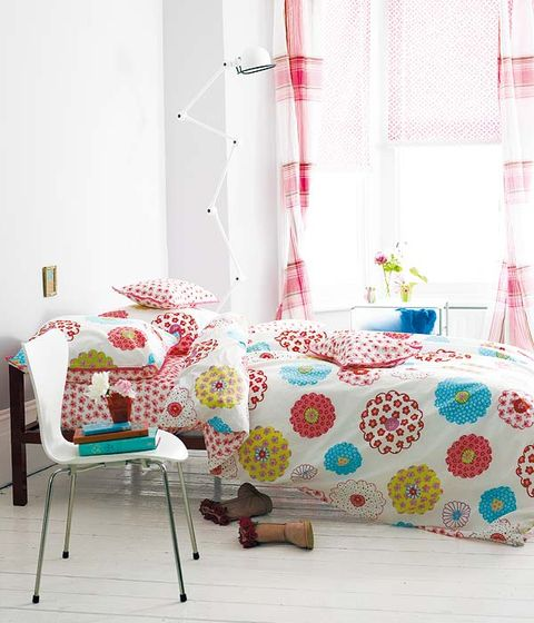 Interior design, Room, Textile, Pink, Furniture, Linens, Wall, Floor, Interior design, Bed,