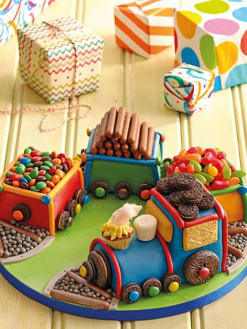 Sweetness, Food, Dessert, Confectionery, Cuisine, Chocolate, Ingredient, Flag, Cake decorating supply, Snack,