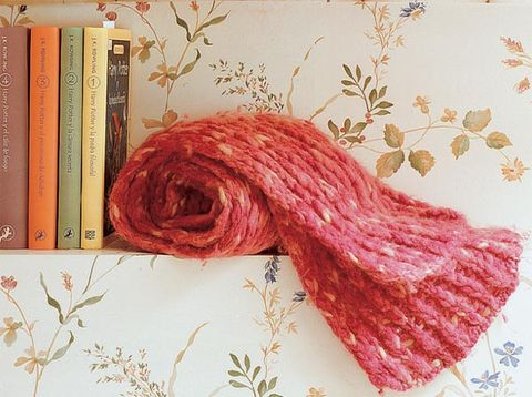 Textile, Red, Magenta, Pattern, Thread, Liver, Wool, Creative arts, Maroon, Knitting,